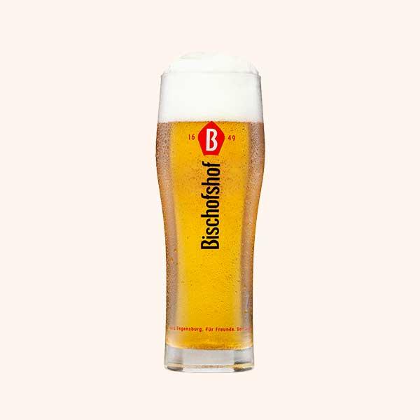 Bischofshof-Regensburger-Hell-Glas-0-5-l-ManhartMedia_01