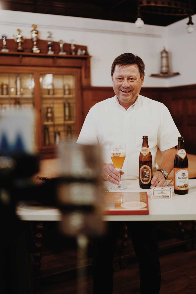 Bieriges-Weihnachtsgeschenk-fuer-Freunde